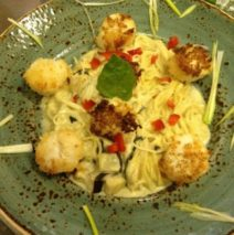 Green Curry with Pan Seared Scallops